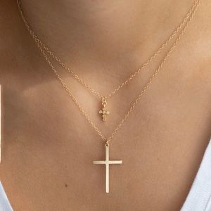 ✨✨Extra Tiny Cross Necklace✨✨